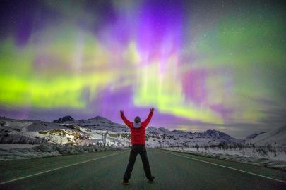 Our northern lights tours chase the lights and weather to observe the best auroras.