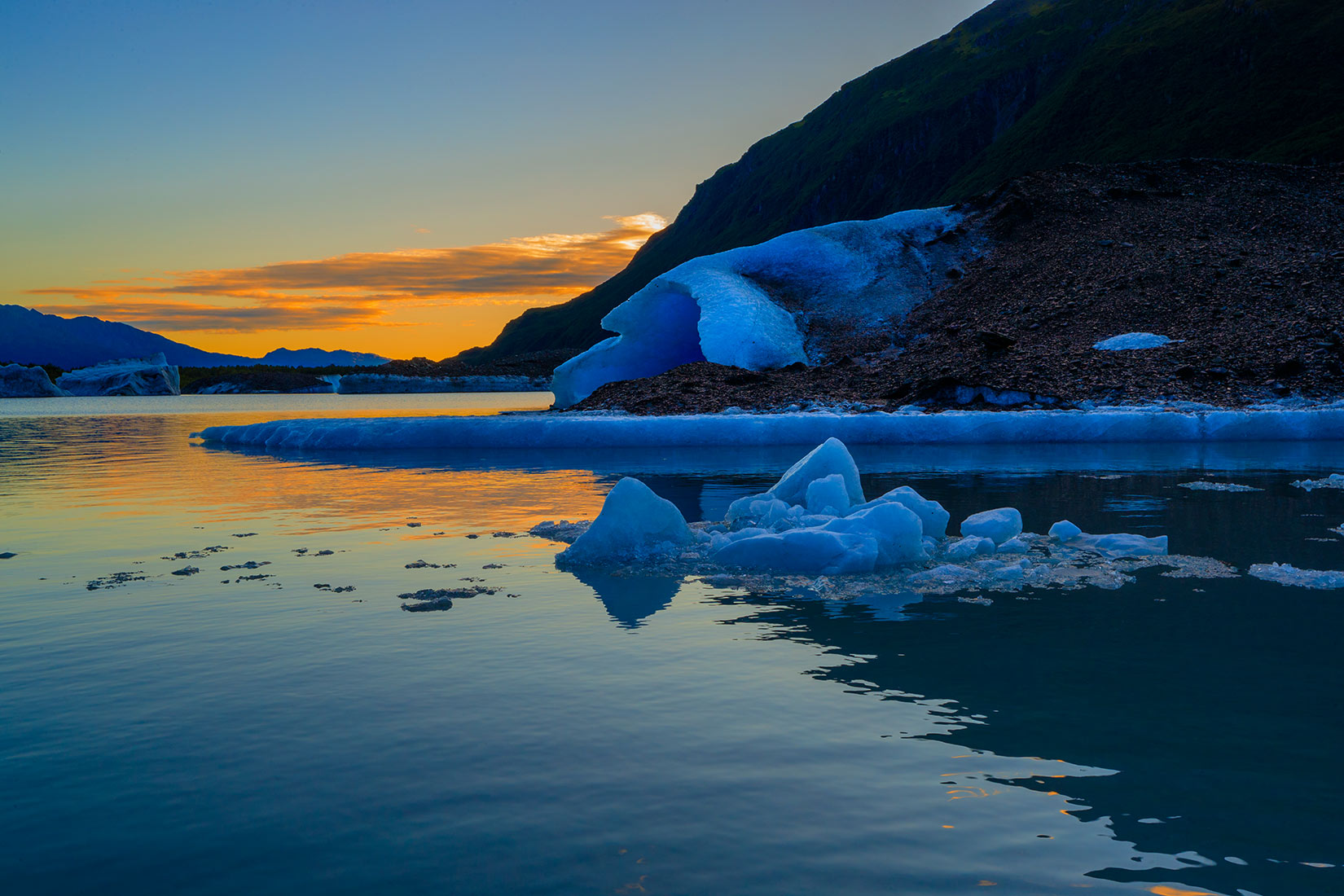 Valdez Alaska glacier tours at sunset